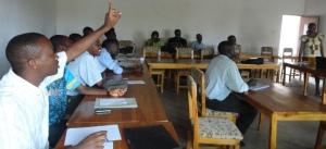 Dr Kanyoge Céline explique aux journalistes la politique PTME